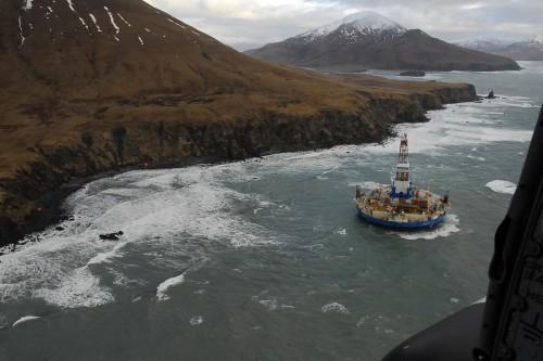 L-unit-de-forage-Kulluk-en-Alaska-