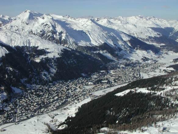 Luftbild_Davos.jpg