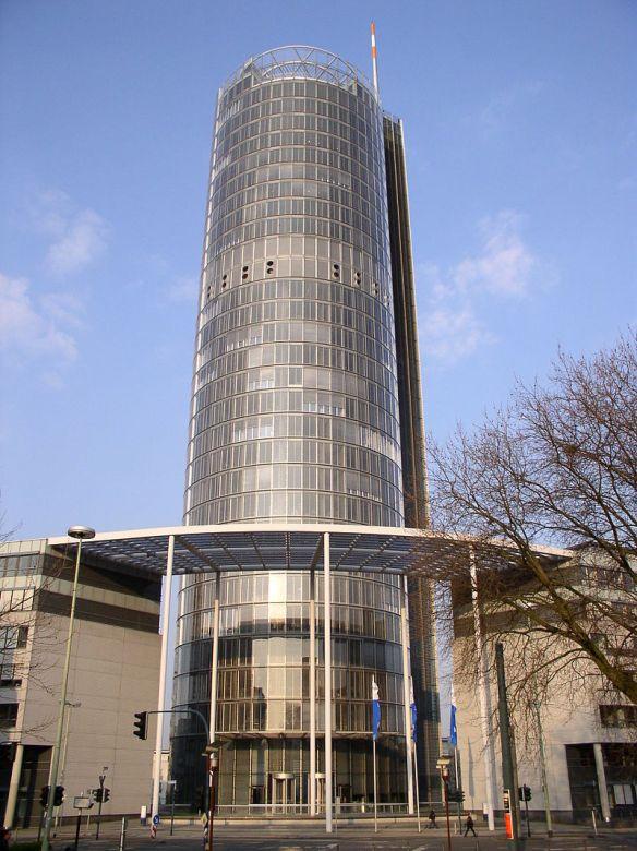 800px-RWE_Turm_Essen.jpg