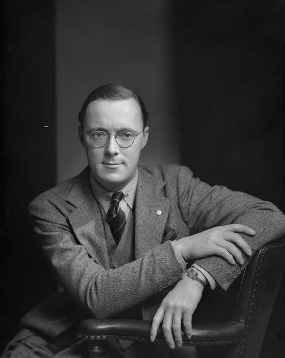 Prince_Bernhard_1942.jpg