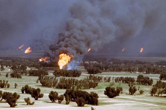 BrennendeOelquellenKuwait1991.jpg